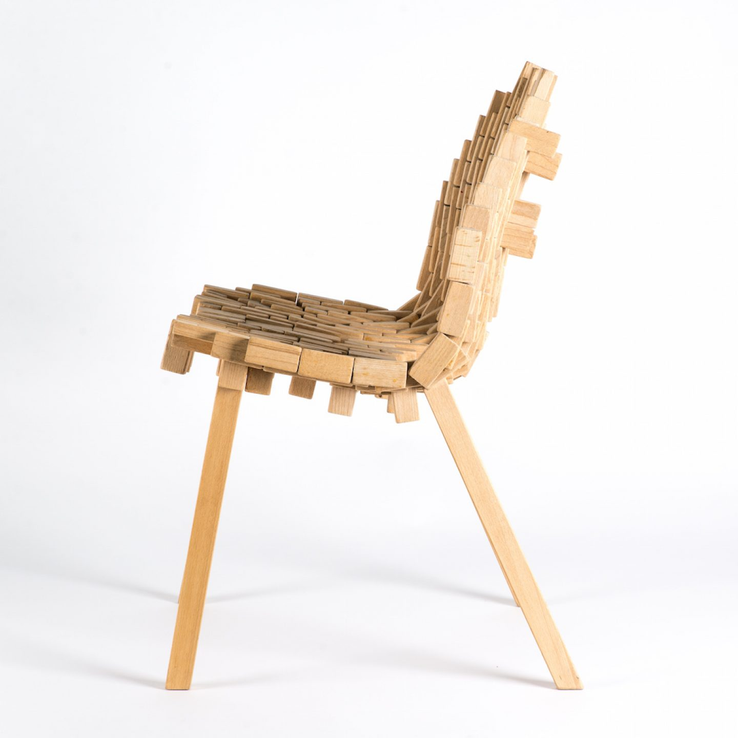 Bricks-chair-01