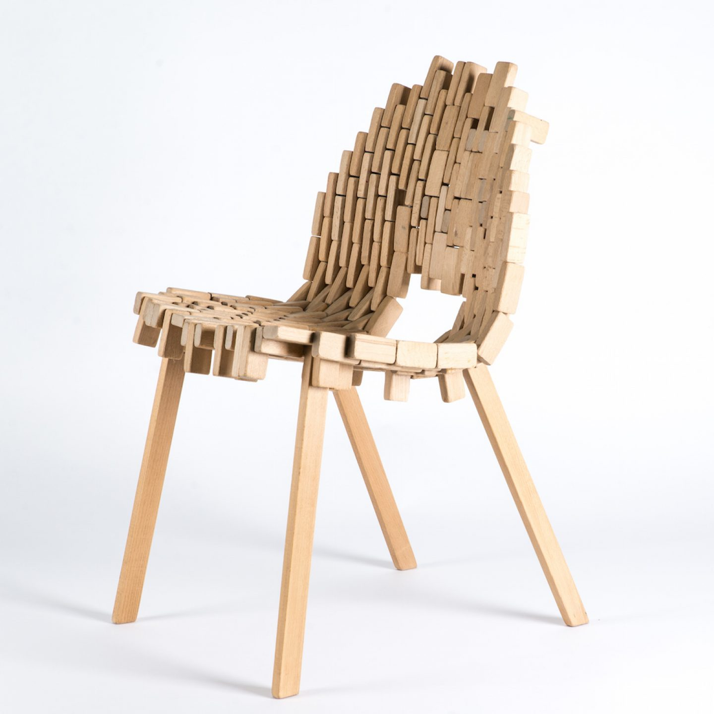 Bricks-chair-02