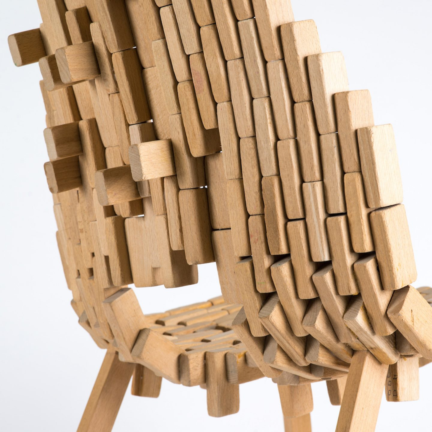 Bricks-chair-06