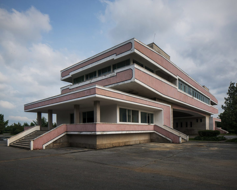 raphael-olivier-vintage-soviet-architecture-13