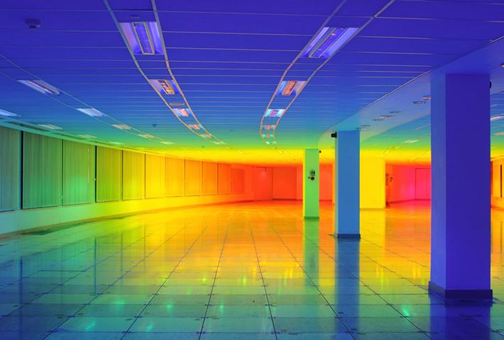 An Immersive Rainbow Light Installation