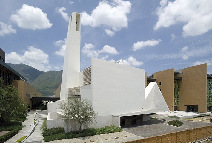 A Modern Parish Church In Mexico