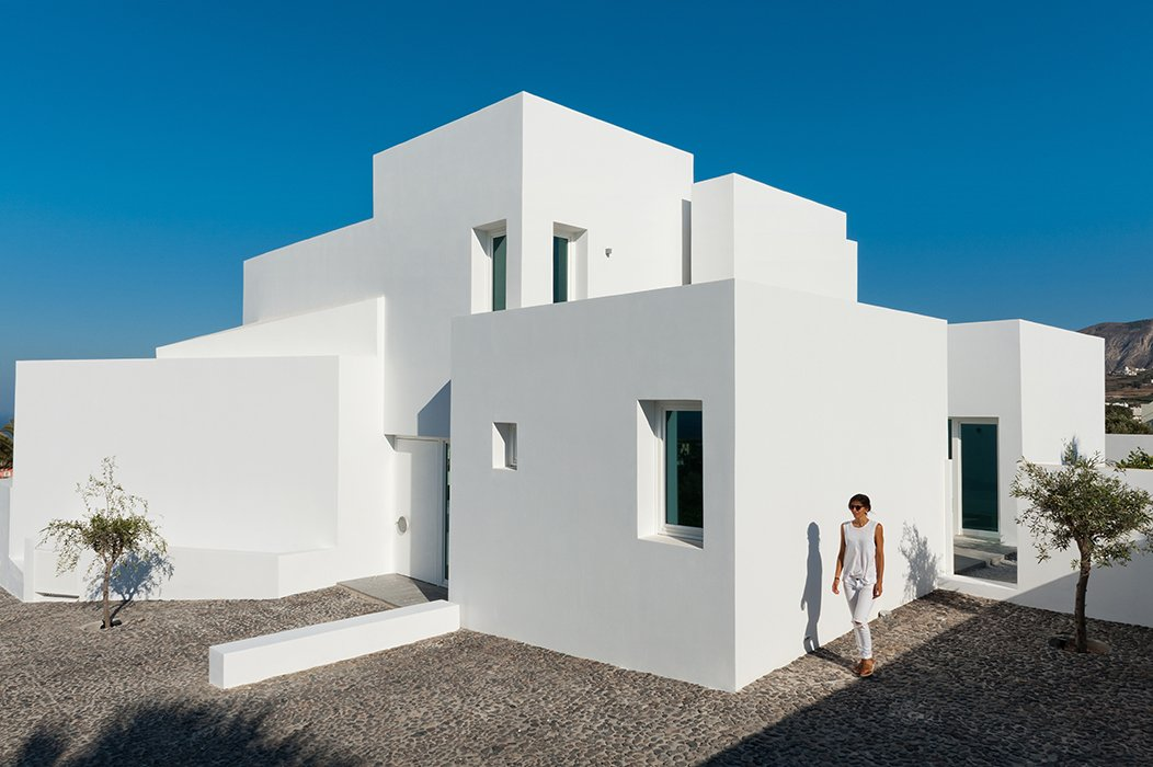 Summer House In Santorini By Kapsimalis Architects