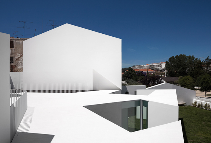 An Outstanding Refurbished House In Portugal