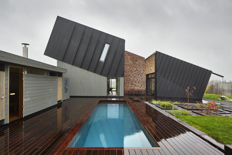 Snøhetta Designs A House With Solar Panels