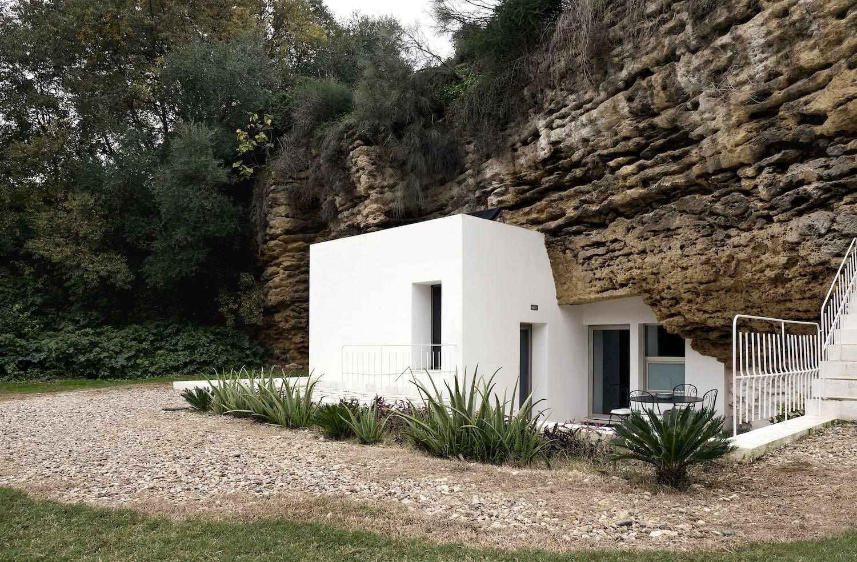 Architecture_CasaTierra_UMMOEstudio_02