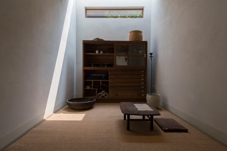 Architecture_LostAndFound_BLUE_12
