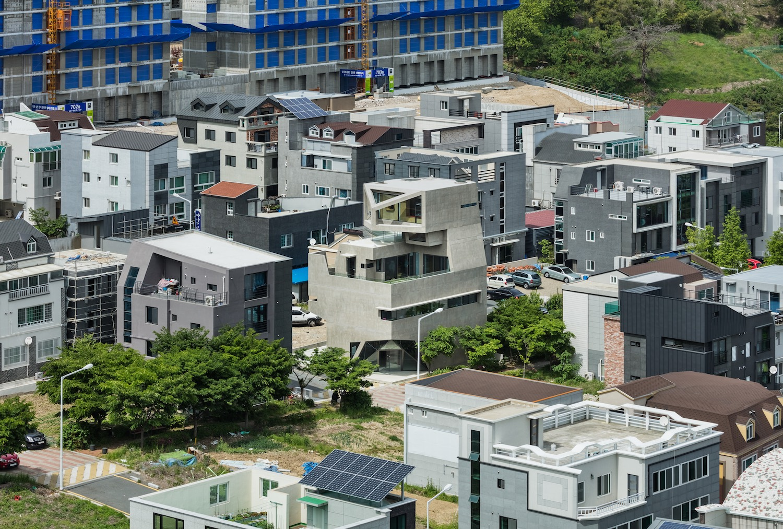 architecture_owlhouse_moonhoon_03
