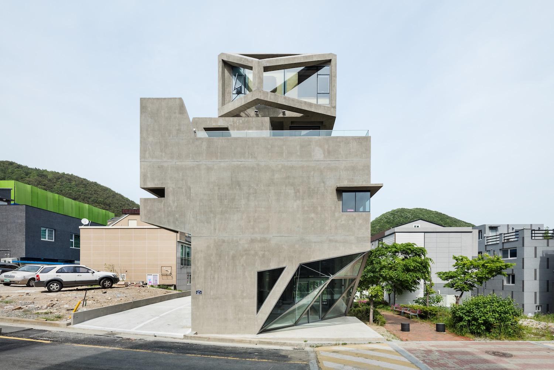 architecture_owlhouse_moonhoon_04