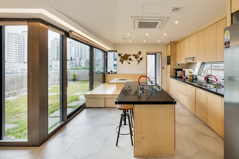 architecture_owlhouse_moonhoon_07