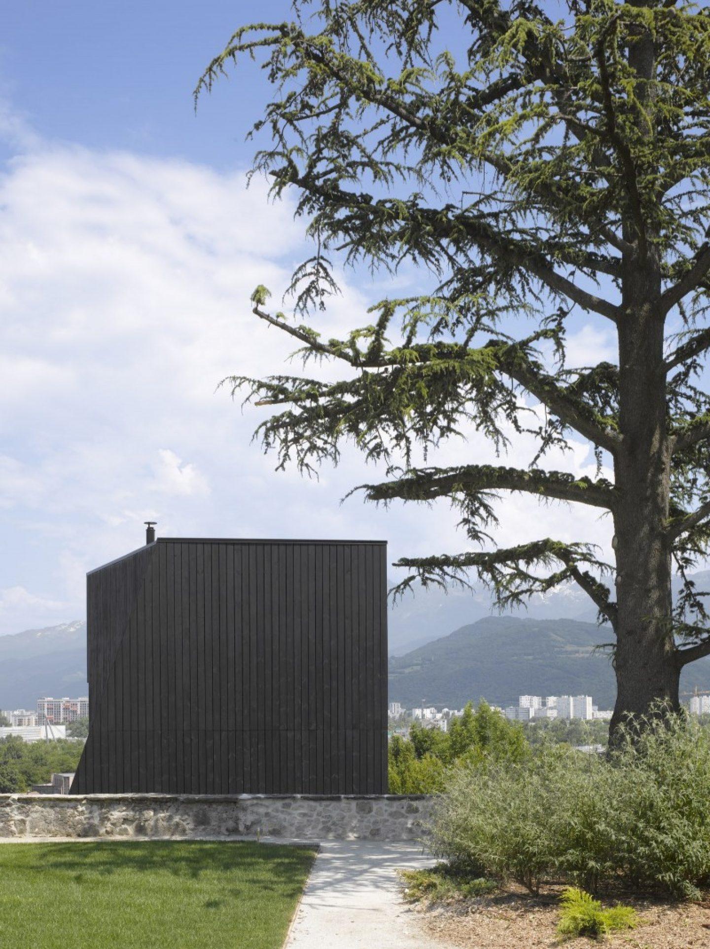 N: Fassade