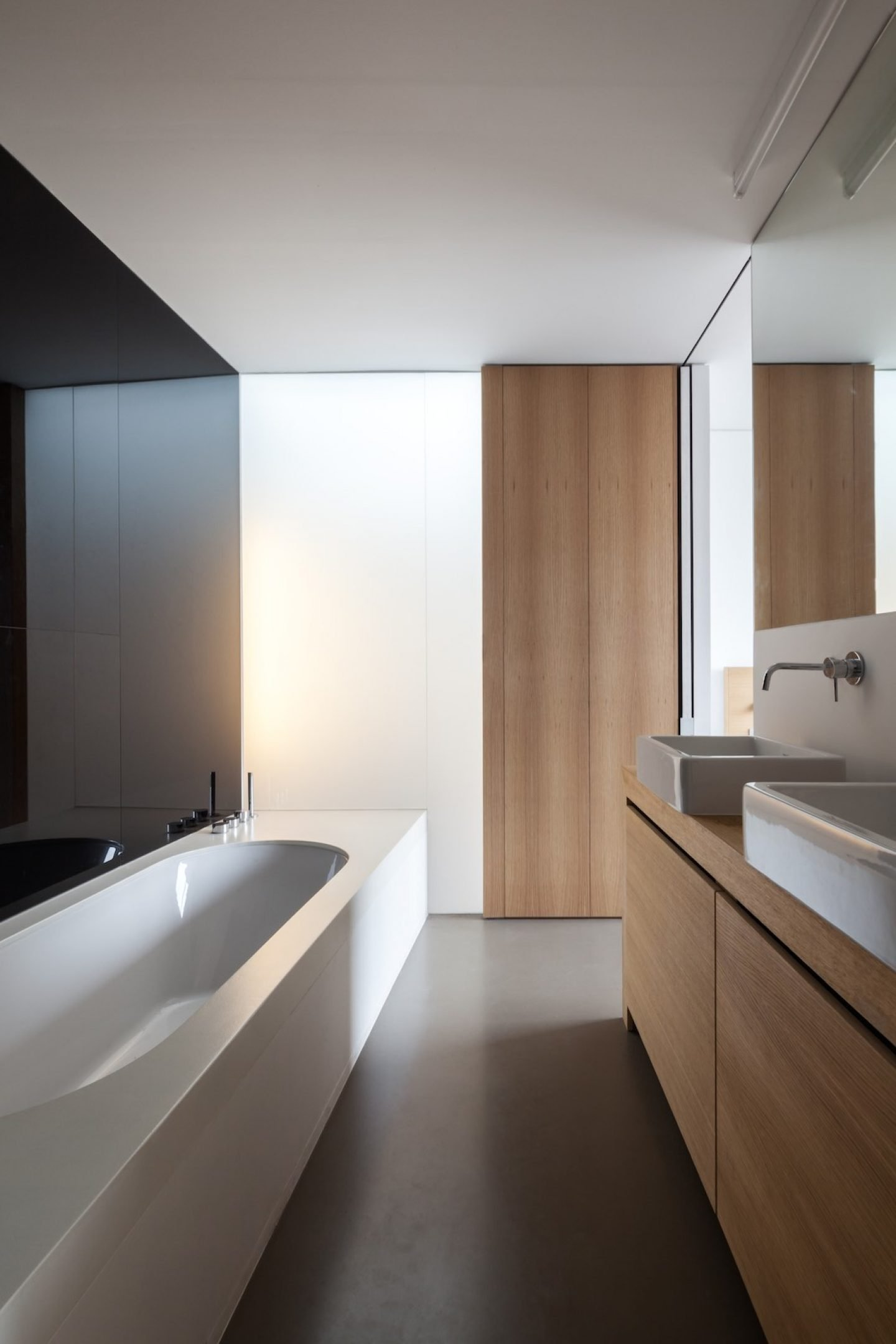 Architecture_AbeelHouse_StevenVandenborre_MiassArchitecture_12