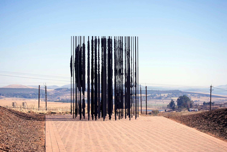 Art_Nelson_Mandela_Memorial_Marco_Cianfanelli_1