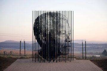 Art_Nelson_Mandela_Memorial_Marco_Cianfanelli_6