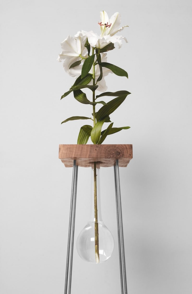Design_Table_For_A_Flower_VJEMY_1