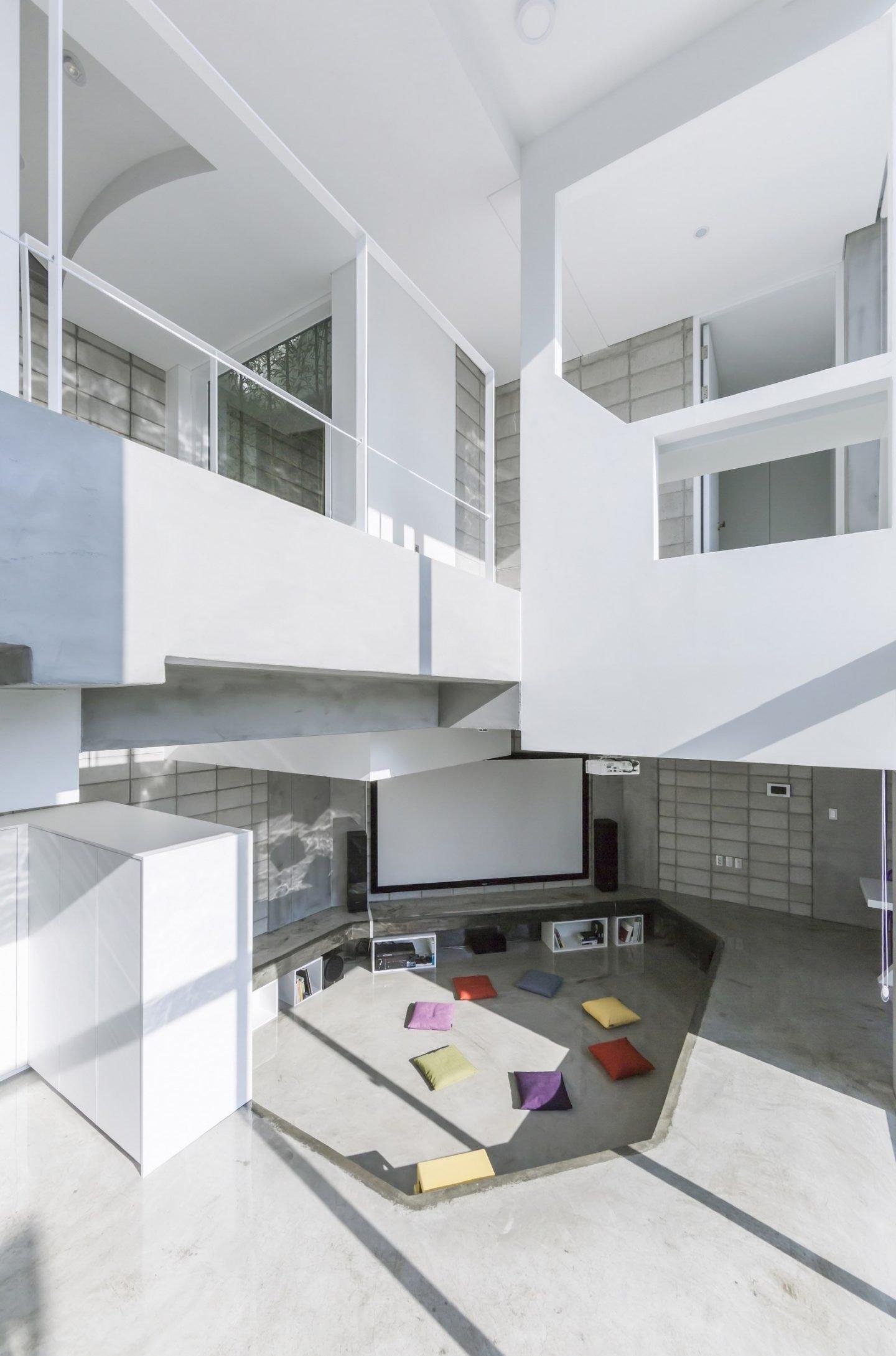 Iroje_KHM_Architecture (15)