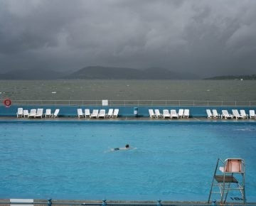GB. Scotland. Gourock Lido. From A8. 2004.