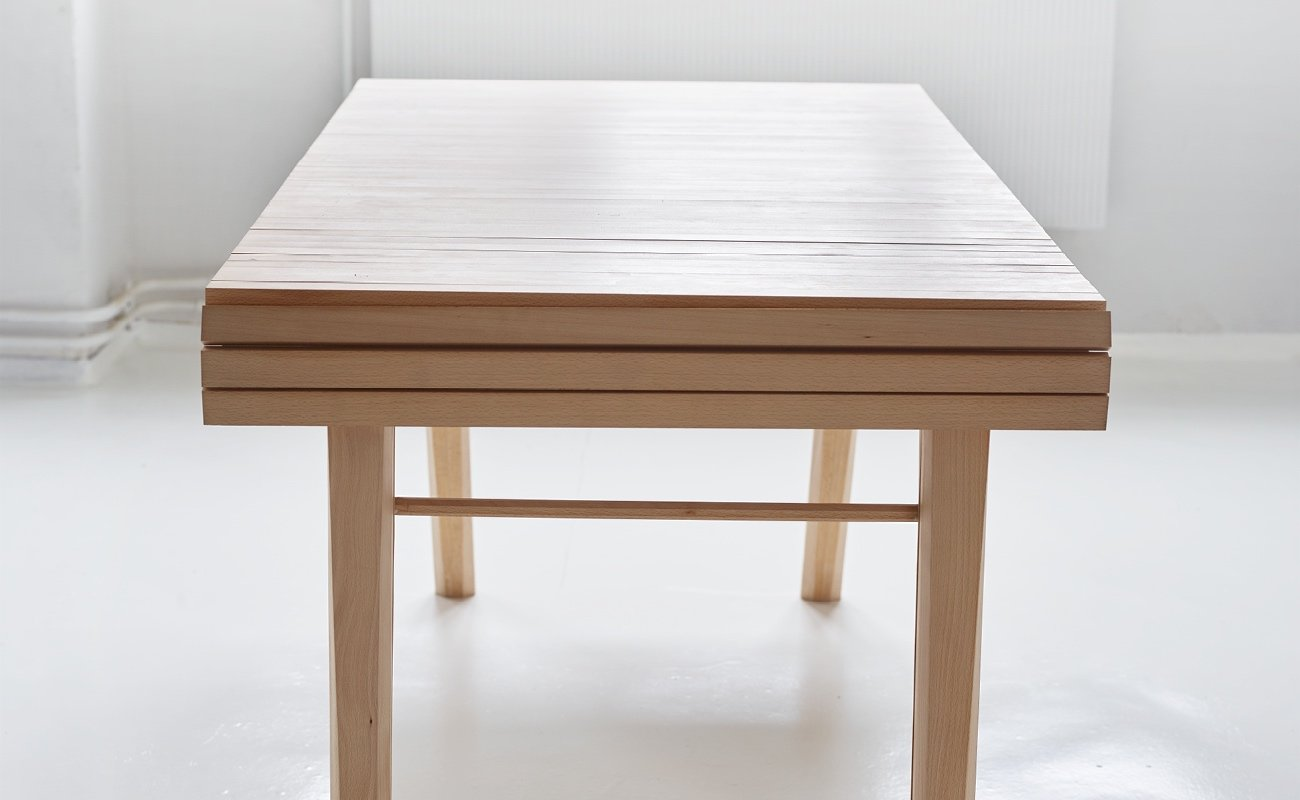 Design_Roll-out_Table_Marcus_Voraa_IGNANT_7