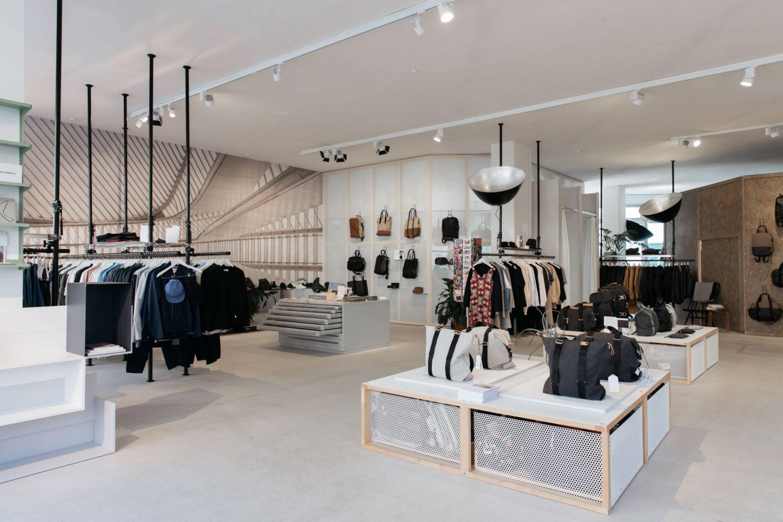 qwstion_store_zurich_lukas_korschan_ignant-39