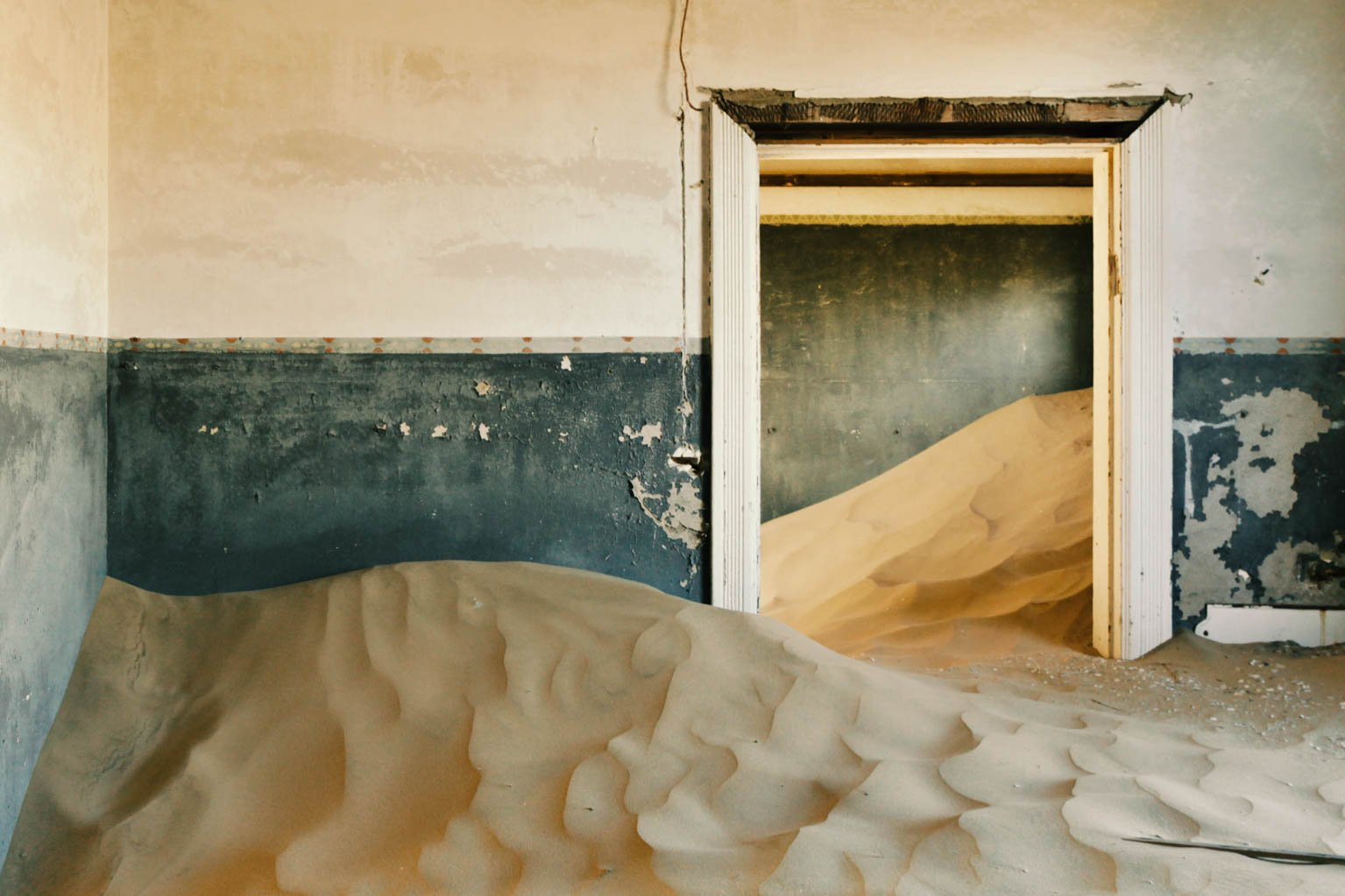 Kolmanskop By Veronica Pinelli