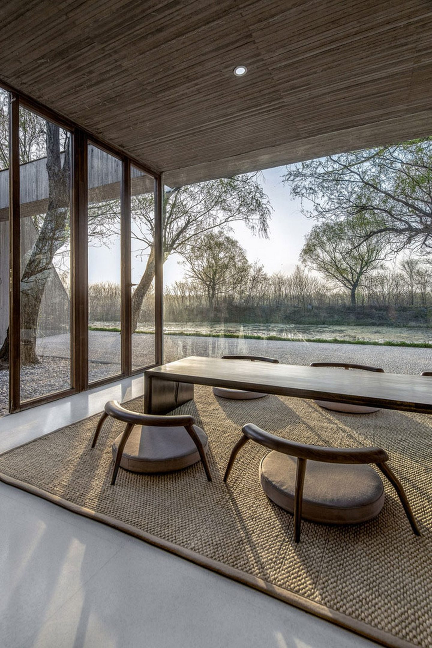 iGNANT_ ARCHSTUDIO_Waterside_Buddha_Tea_House (18)