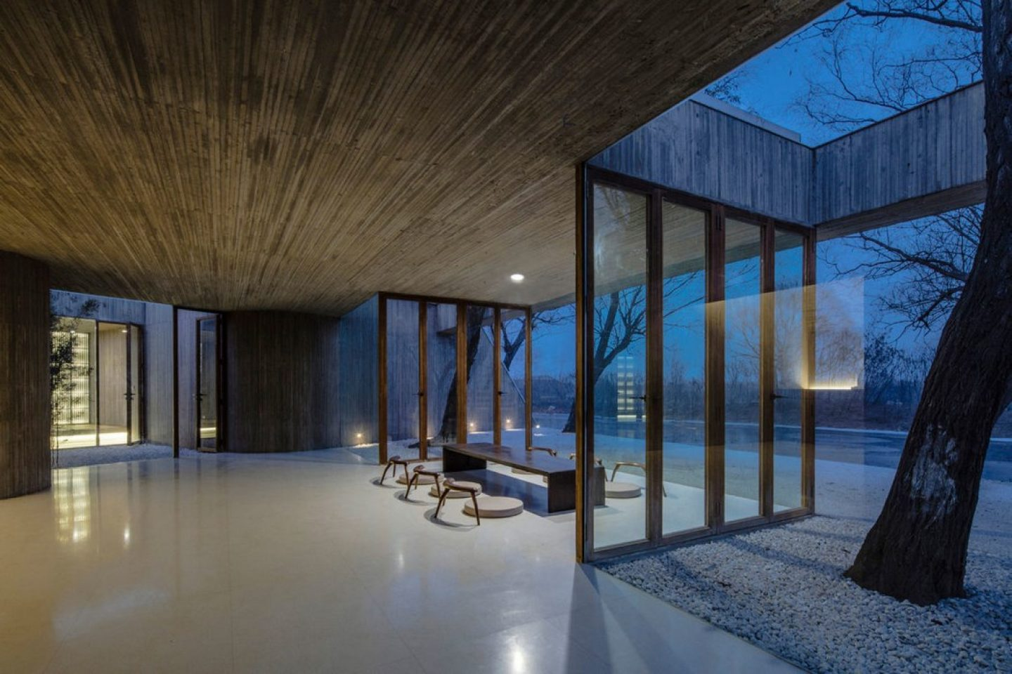 iGNANT_ ARCHSTUDIO_Waterside_Buddha_Tea_House (6)