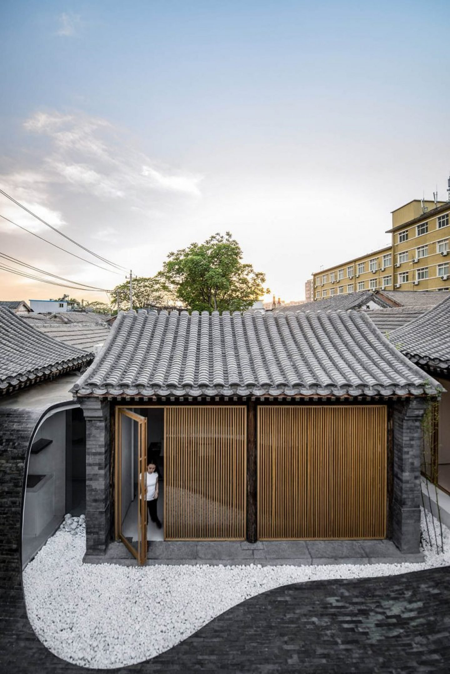 iGNANT_Architecture_Arch_Studio_Twisting_Courtyard_Beijing05