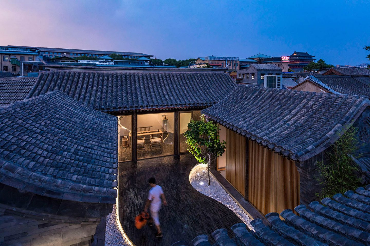 iGNANT_Architecture_Arch_Studio_Twisting_Courtyard_Beijing10