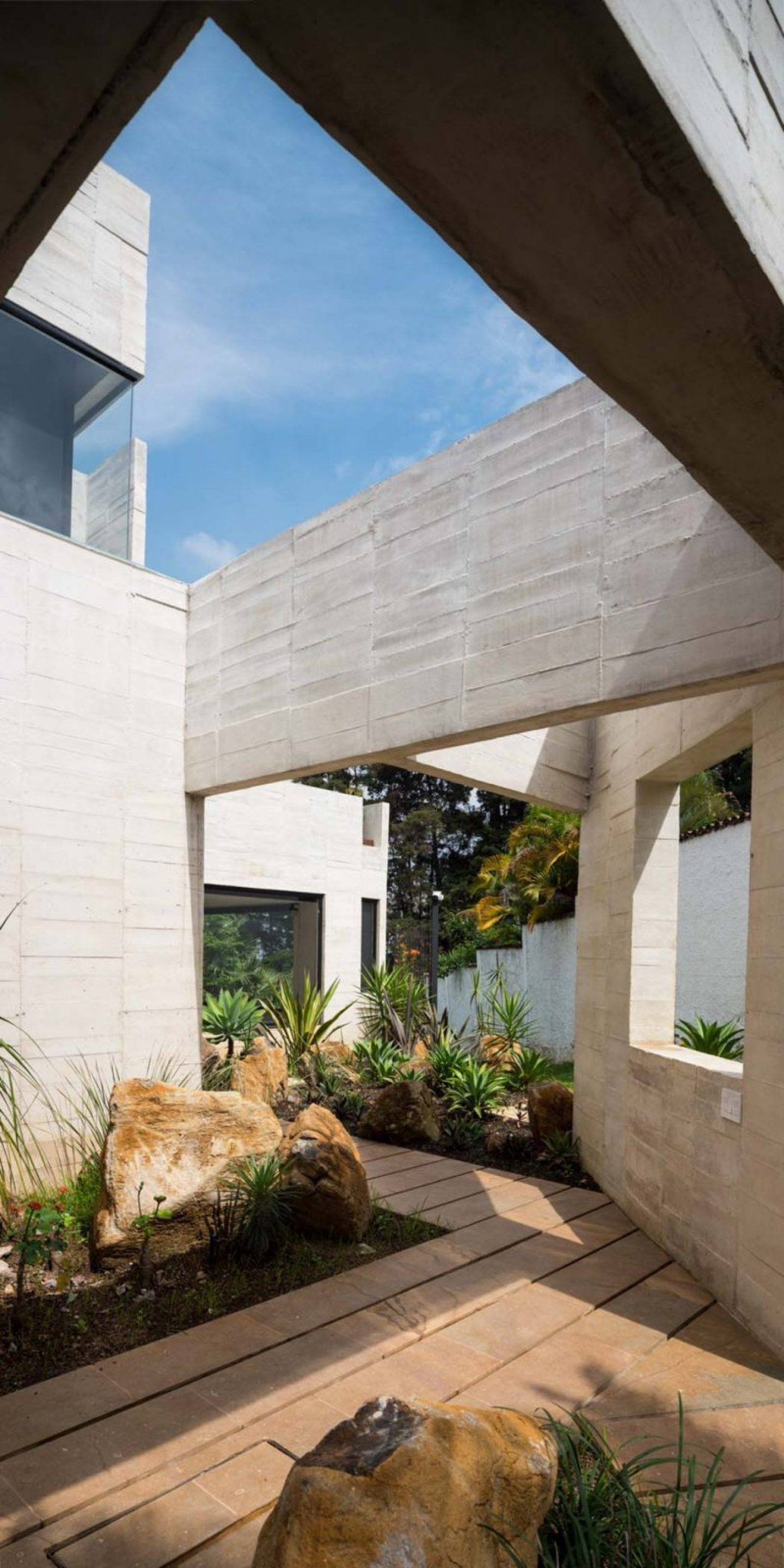 iGNANT_Architecture_Connatural_Garden_House_03