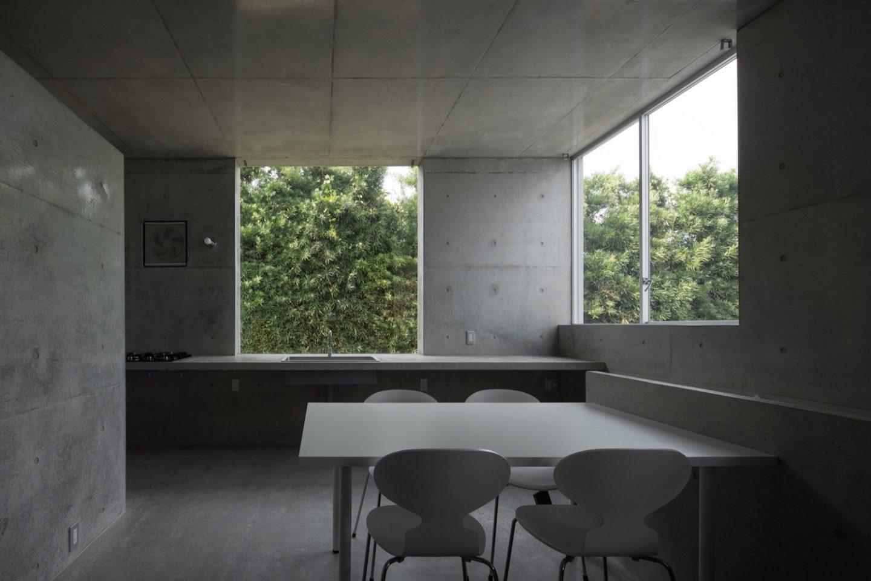 iGNANT_Architecture_House_Akitsu_Kazunori_Fujimoto_Architect_Associates_12
