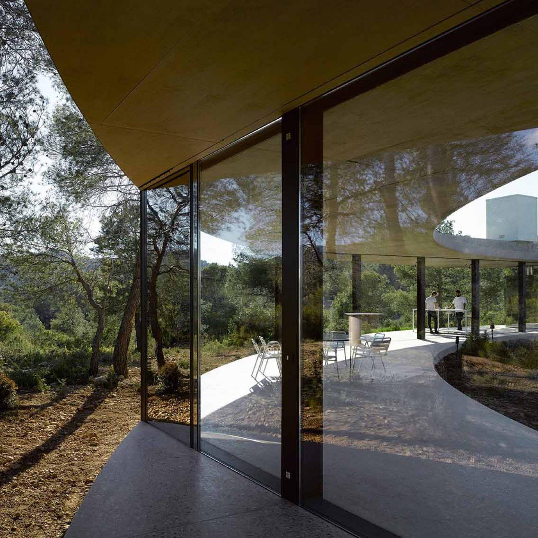 iGNANT_Architecture_Office_Kersten_Geers_David_Van_Severen_Solo_House_II_headline