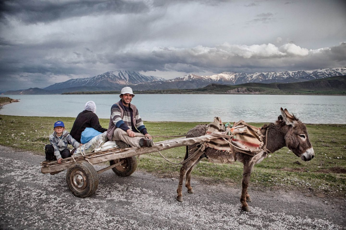 iGNANT_On_The_Road_Nadir_Bucan_Turkey_06