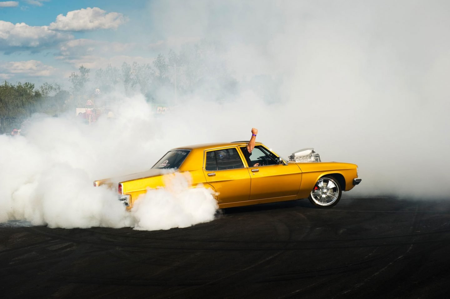 iGNANT_Photography_Burnout_Series_Simon_Davidson_11