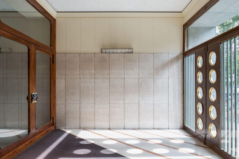 iGNANT_Architecture_Karl_Kolbitz_Taschen_Entryways_of_Milan_Ingressi_di_Milano_23