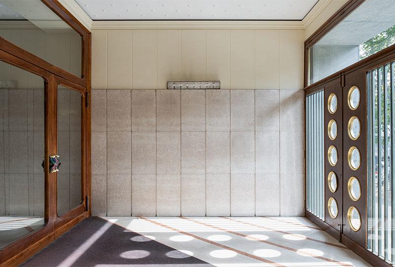 iGNANT_Architecture_Karl_Kolbitz_Taschen_Entryways_of_Milan_Ingressi_di_Milano_fi
