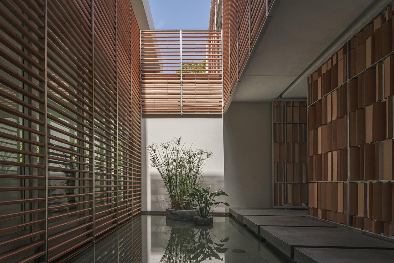 iGNANT_Architecture_Ron_Rojas_House_Rene_Gonzalez_Architect03