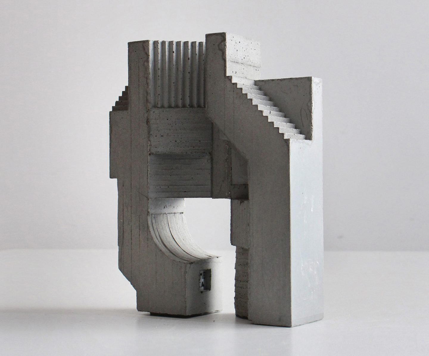 iGNANT_Art_Concrete_Modular_Sculptures_David_Umemoto02