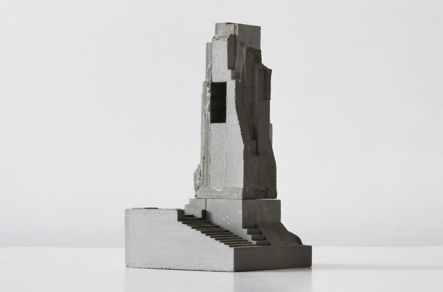 iGNANT_Art_Concrete_Modular_Sculptures_David_Umemoto03