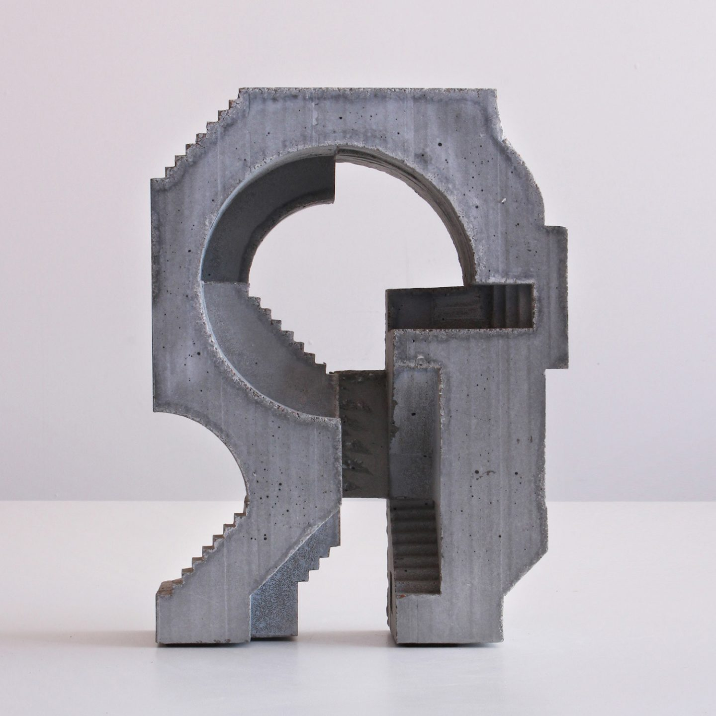 iGNANT_Art_Concrete_Modular_Sculptures_David_Umemoto04