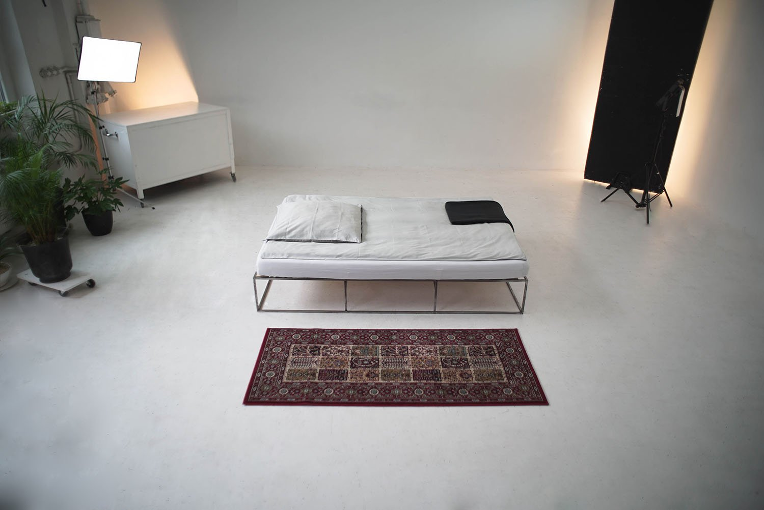 iGNANT_Design_Tatkraft_ION_Bed_3