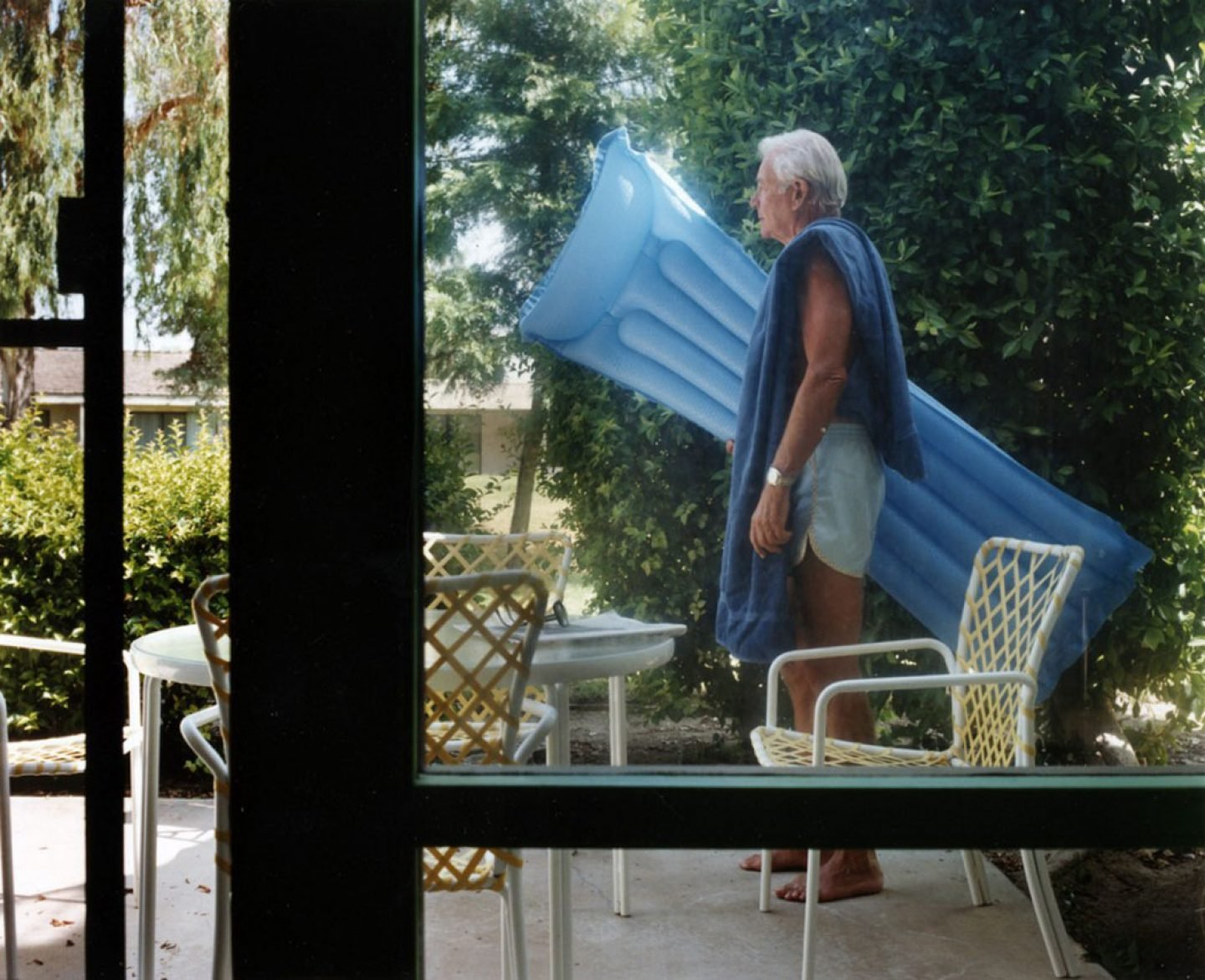 Photography_PicturesFromHome_LarrySultan_20
