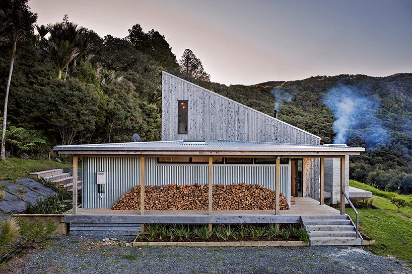david-maurice-LTD-architectural-back-country-house-puhoi-new-zealand-ignant_03