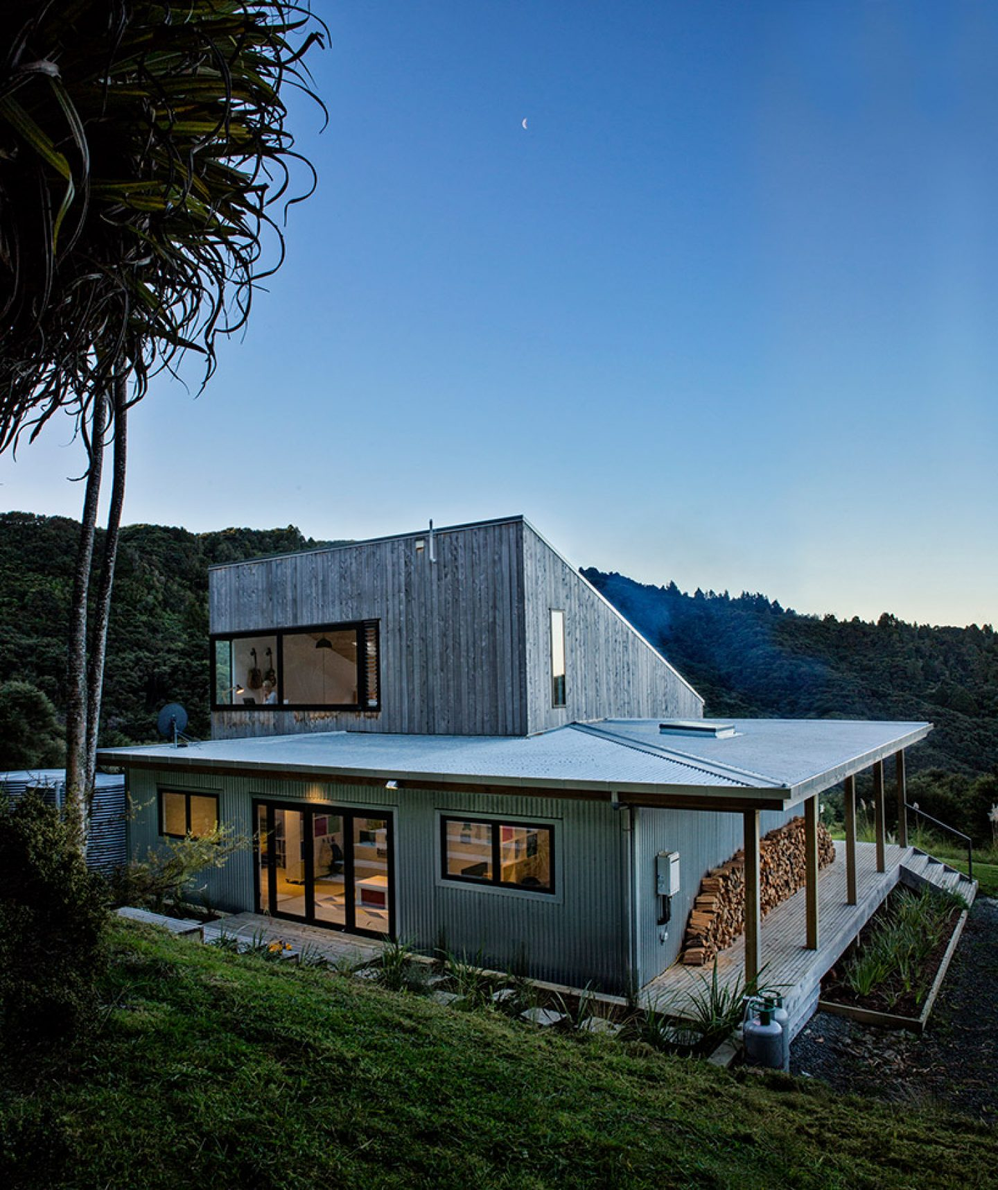 david-maurice-LTD-architectural-back-country-house-puhoi-new-zealand-ignant_08