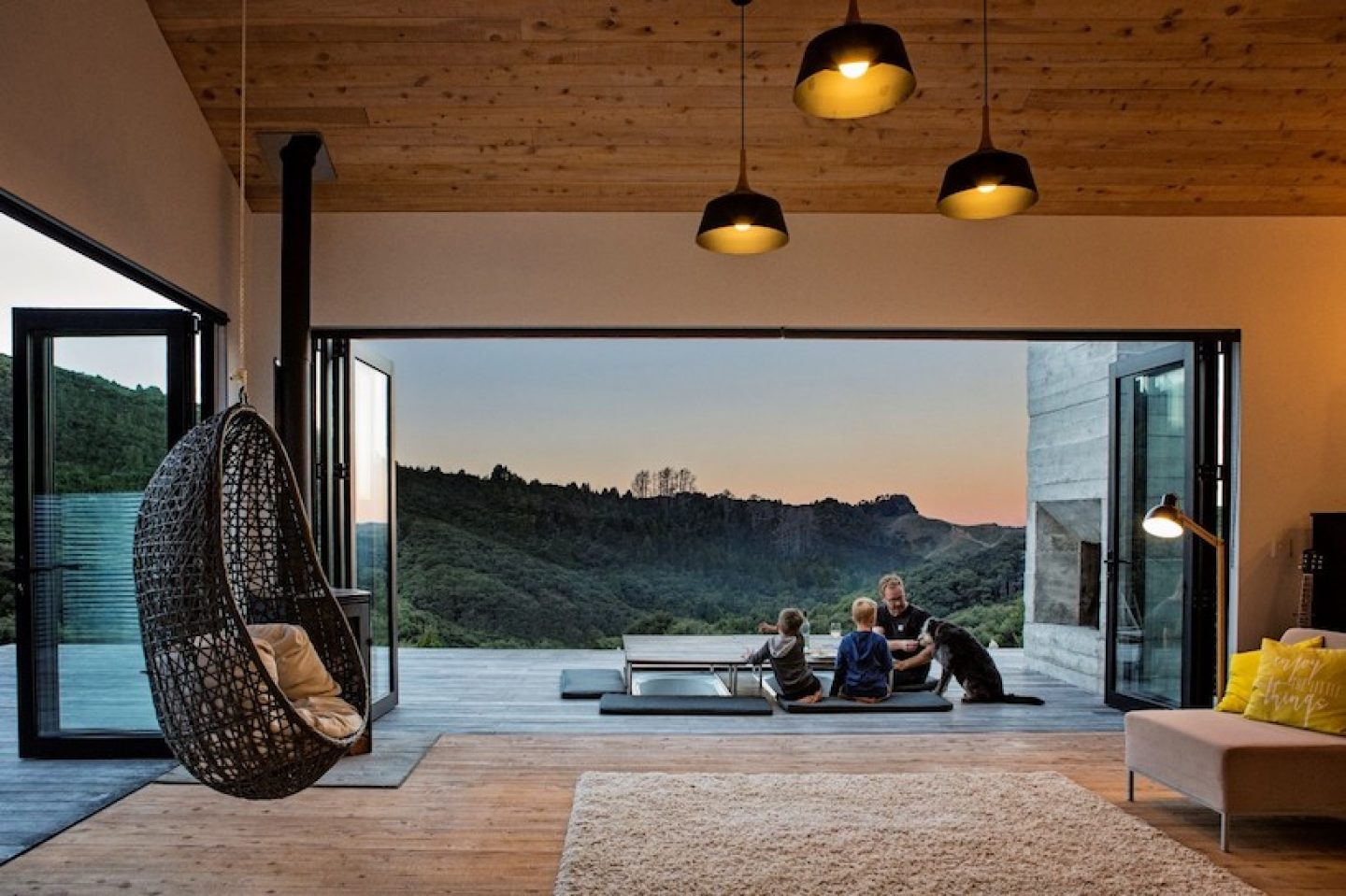 david-maurice-LTD-architectural-back-country-house-puhoi-new-zealand-ignant_11