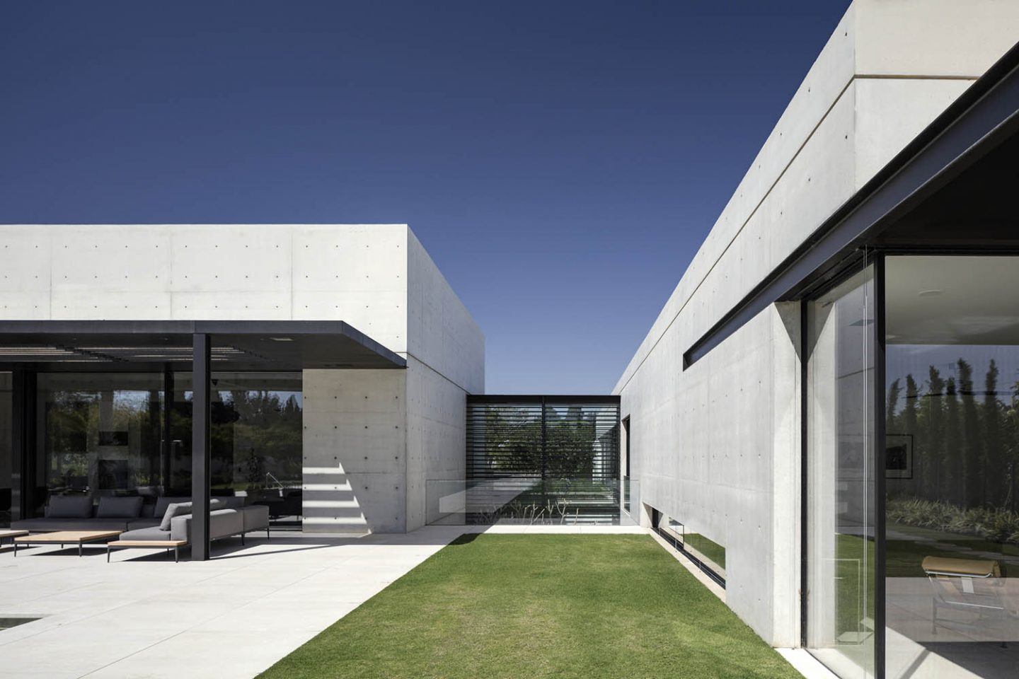 iGNANT_Architecture_House_In_Rishpon_Studio_De_Lange_12