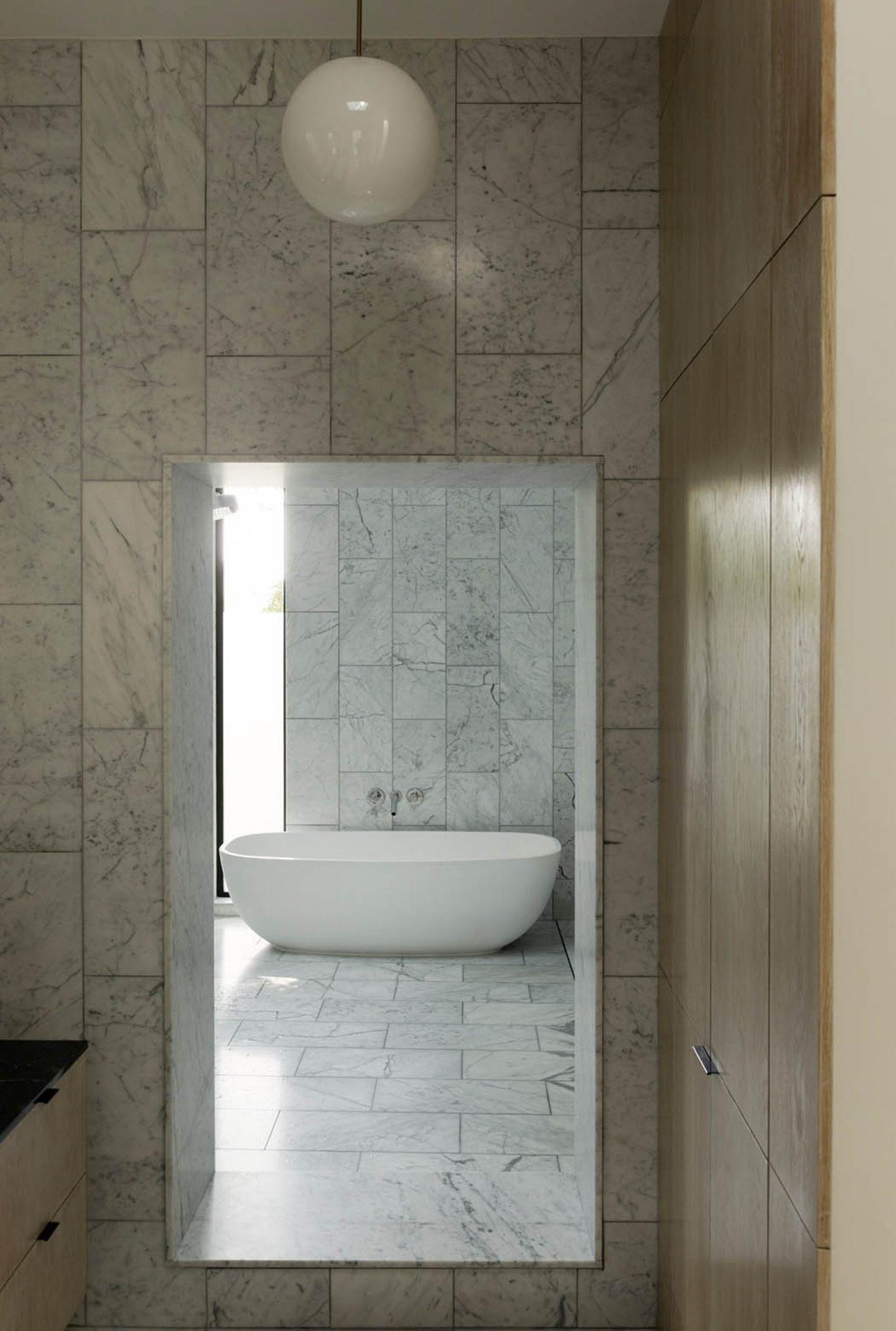 iGNANT_Architecture_Robertson_Design_Concrete_Box_House_10