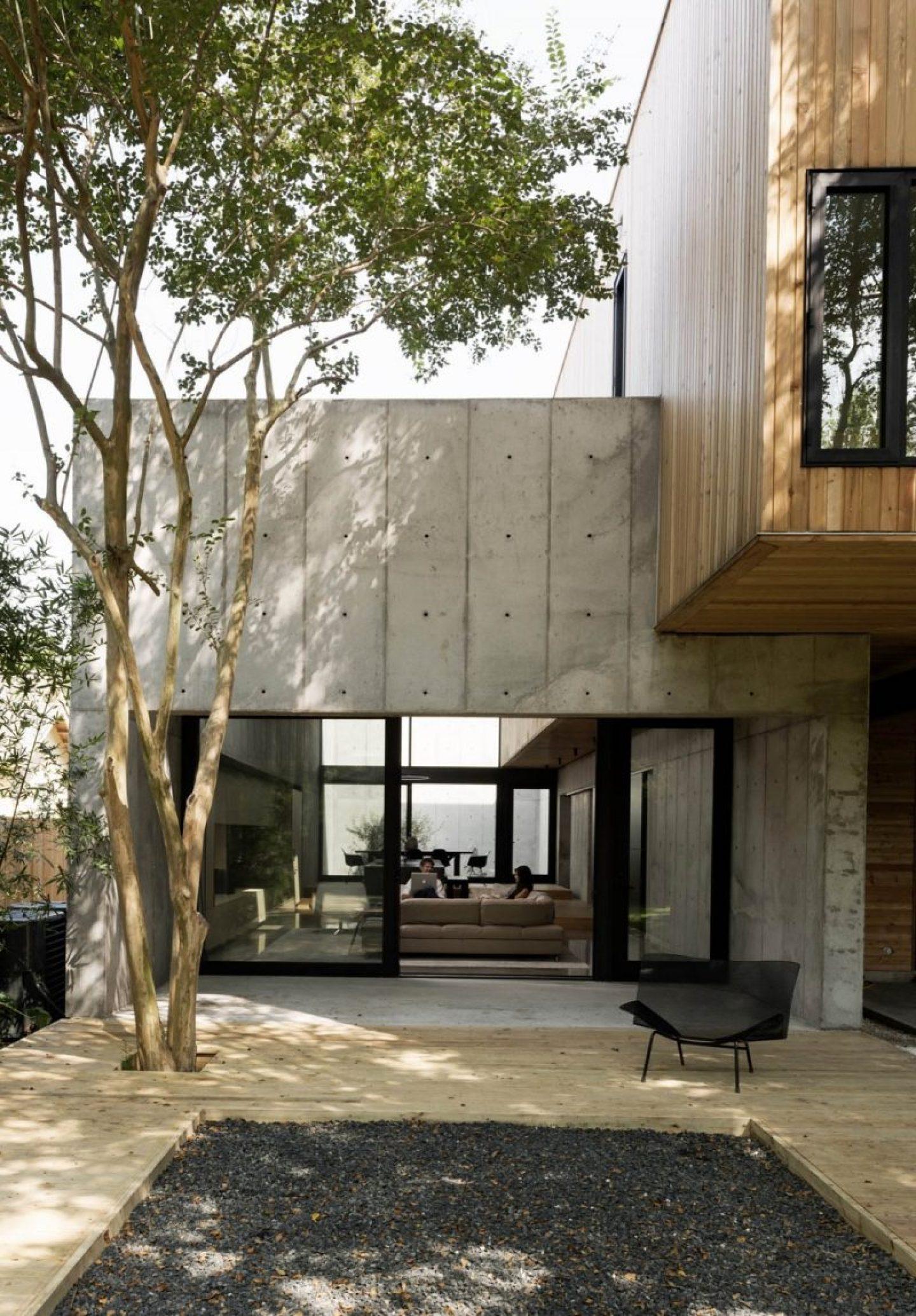 iGNANT_Architecture_Robertson_Design_Concrete_Box_House_7