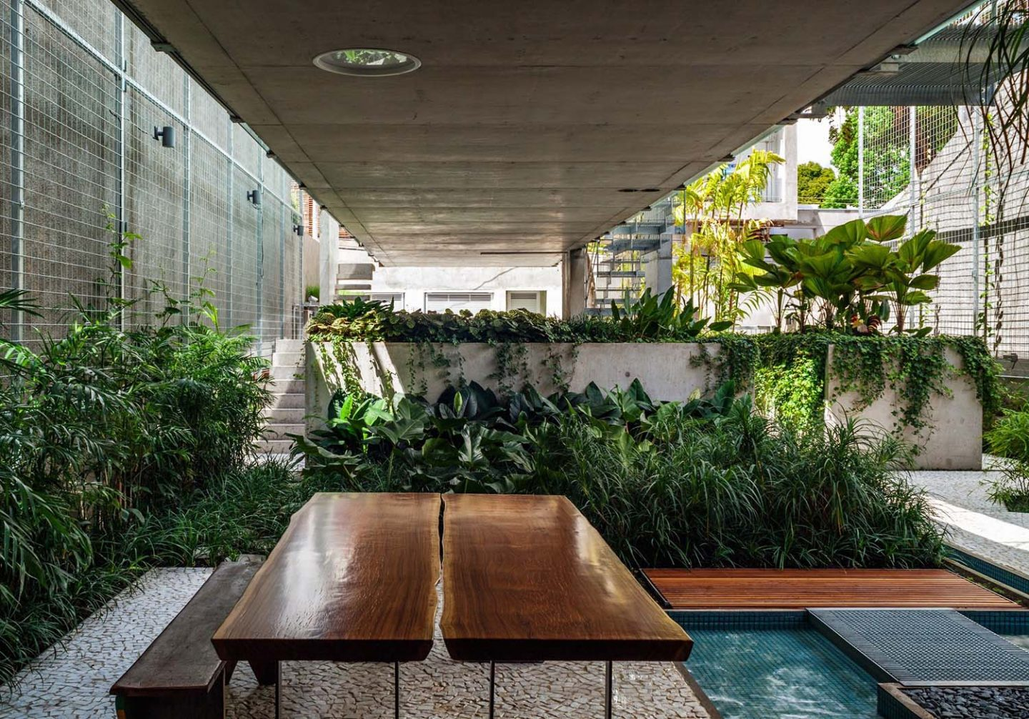 iGNANT_Architecture_SPBR_Architects_Weekend_House_In_Sao_Paulo_3