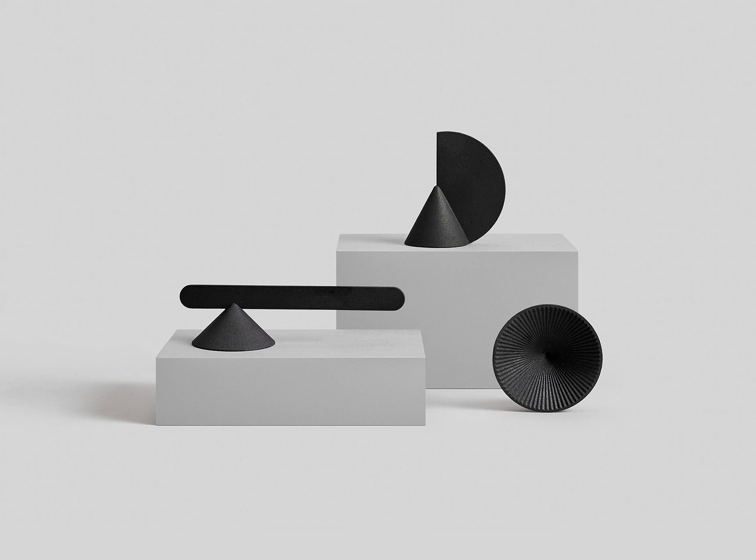 iGNANT_Design_Geometric_Candle_Snuffers_OTHR_1