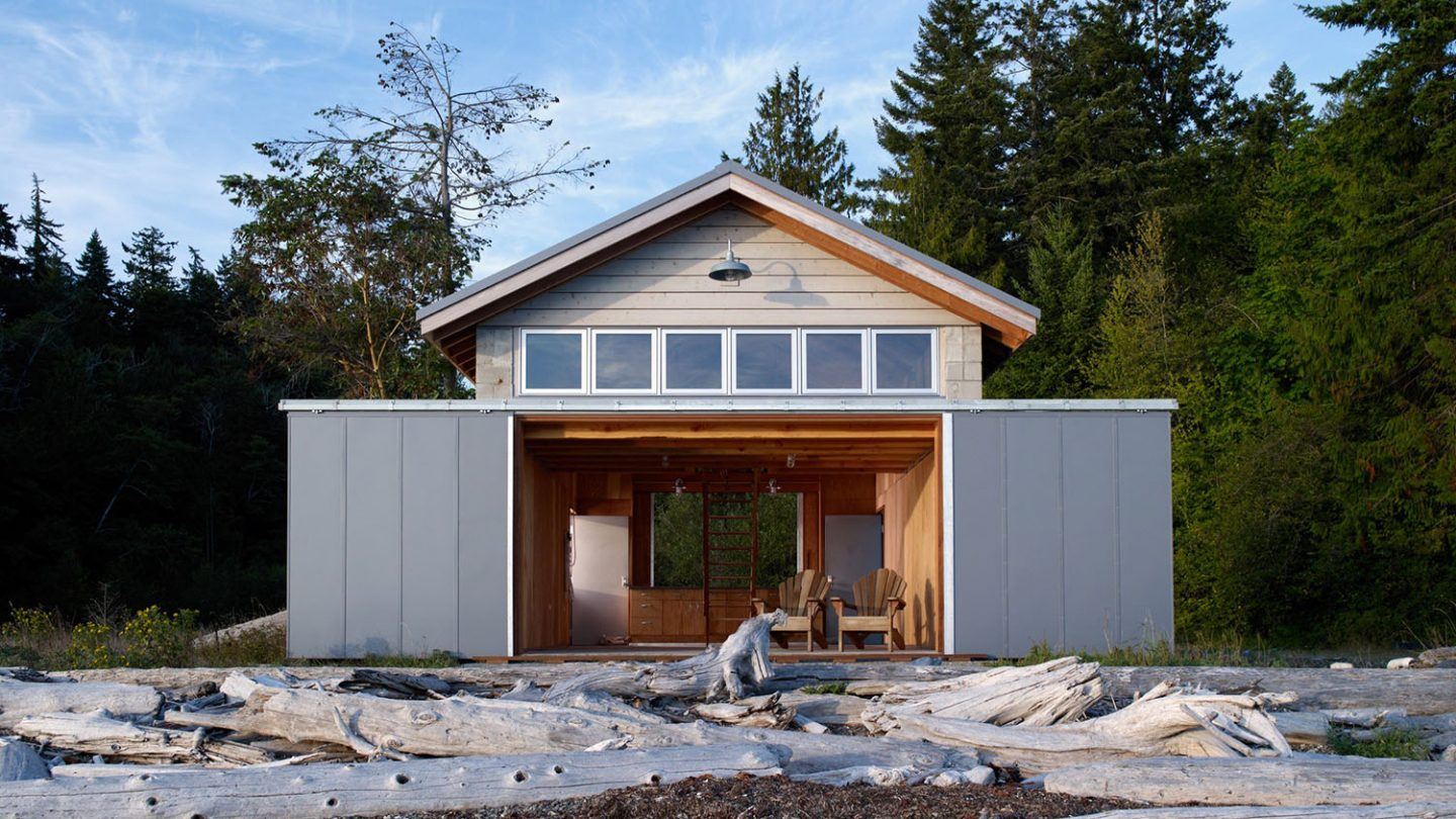 Hood Canal Boat House By Hoedemaker Pfeiffer Ignant